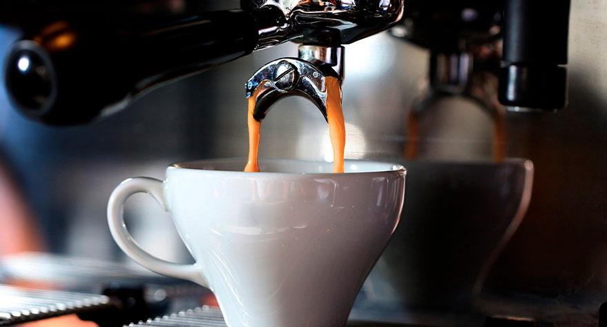 ▷ Cómo hacer buen café en una cafetera de bar o restaurante